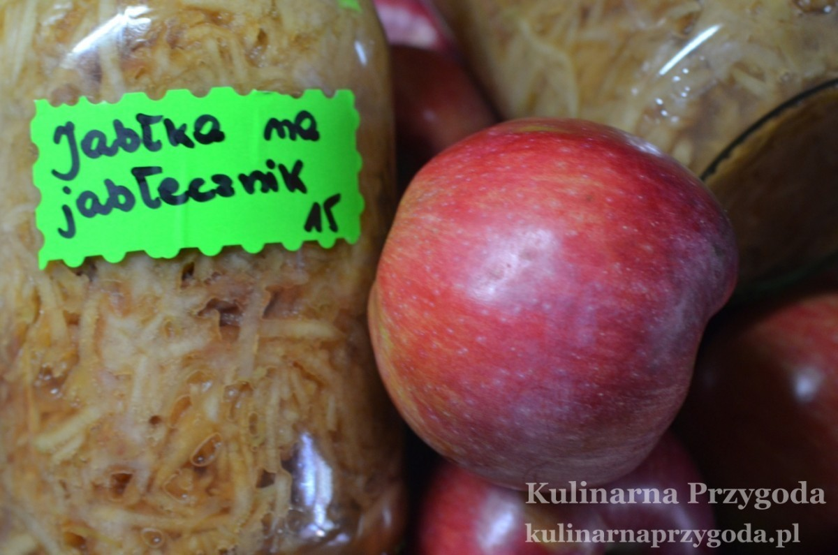 Jabłka na jabłecznik